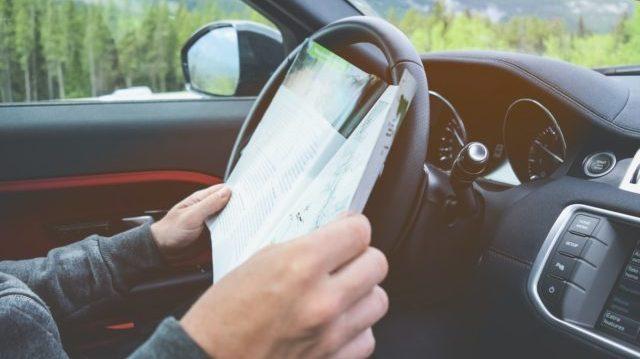 運転席で読書